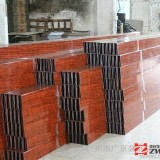 供应铝方通、型材铝方通,木纹铝方通,玉林工业品木纹凹槽型材铝方通厂家