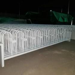 供应交通护栏-喀什市聚鑫护栏厂