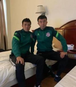 踢球吧,爸爸!新疆足球兄弟耶合亚与米尔旦