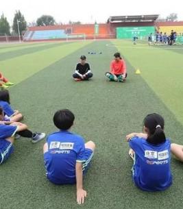 对小学女子校园足球活动的几点建议