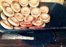 喀什美食——窝窝馕、烤鸡蛋
